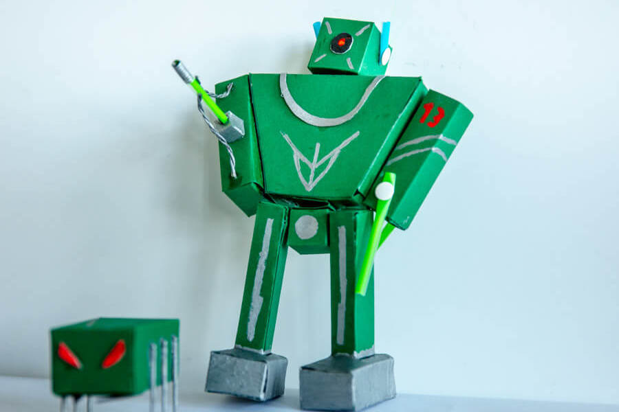 Kreativwettbewerb-Kreiere deinen Roboter